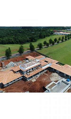 Construção e reforma de telhados
